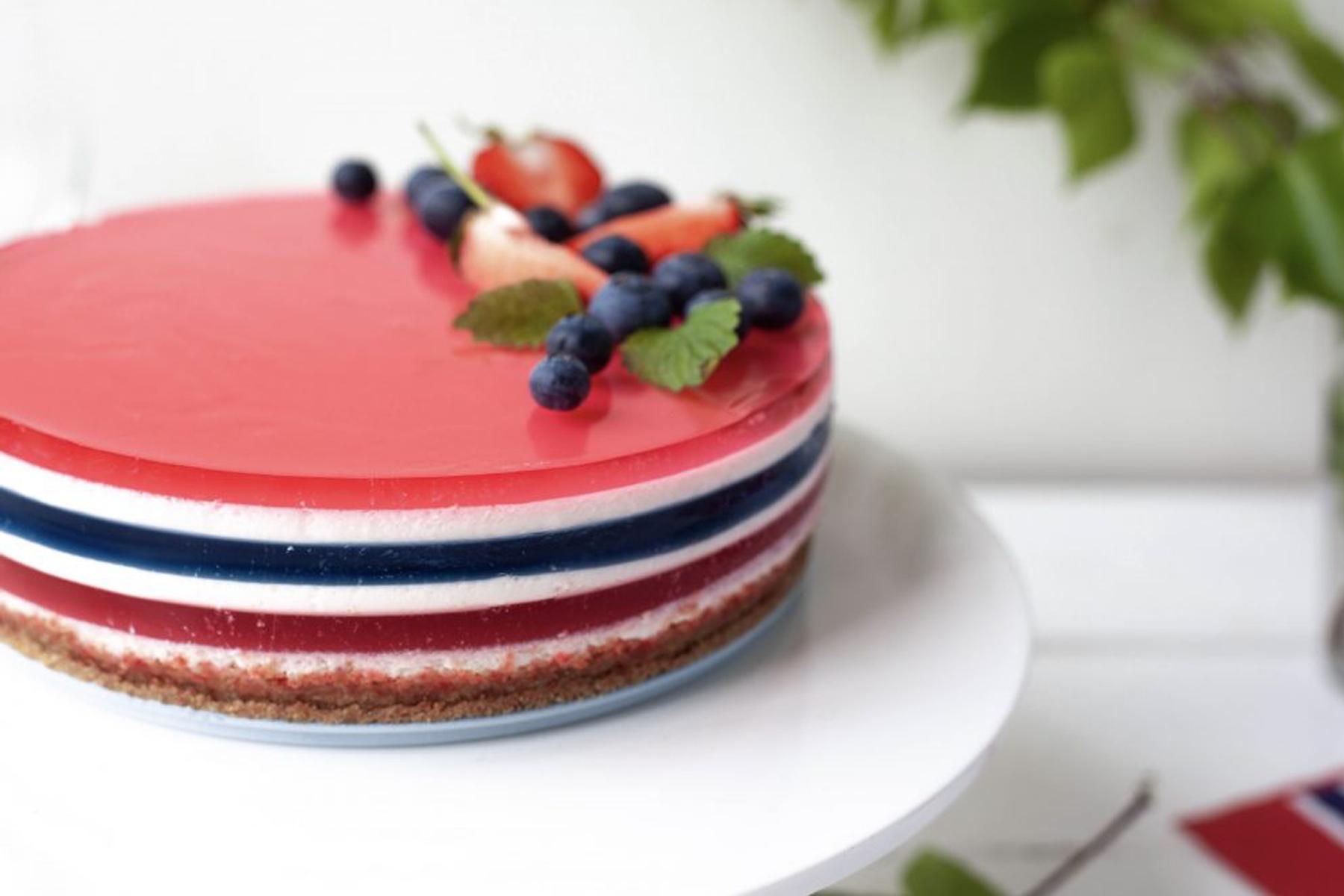 17. mai kake med tre lag