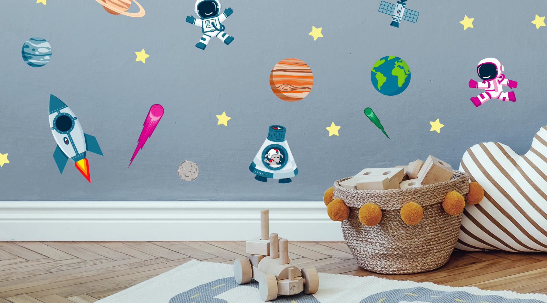 Wallstickers barnerom – universet. Skap magi med veggdekor barnerom.