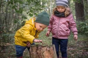 Hva bør barnet ha av skiftetøy i barnehagen?