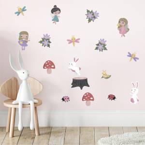 Pynt veggen med feer og kaniner