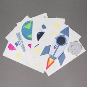 Veggdekor med planeter, raketter og stjerner